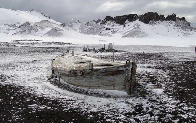 Perahu di Pulau Bouvet