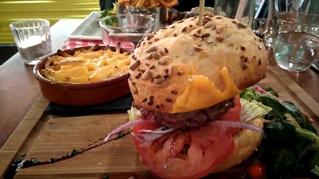papy mougeot, nantes, restaurant, burger, cheeseburger, bullelodie