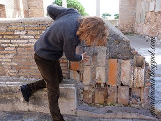 hipocausto guia DE Roma ostia Antiga - Ostia Antiga