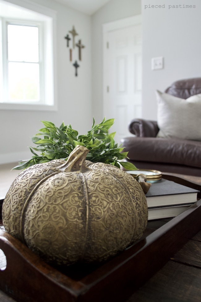 Minimalist Fall Home at Pieced Pastimes
