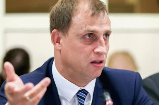Депутат Сергей Вострецов | Коллективный договор