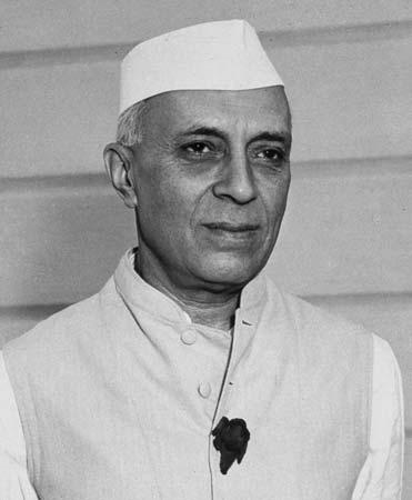 देश के पहले पीएम जवाहरलाल नेहरू का नाम स्कूली पाठयक्रम से हटाया