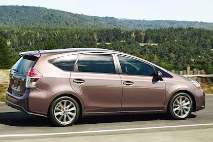 Toyota Prius V Redesign 2016