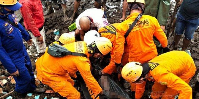 Sedih, 69 Korban Banjir Adonara Ditemukan Meninggal Dunia