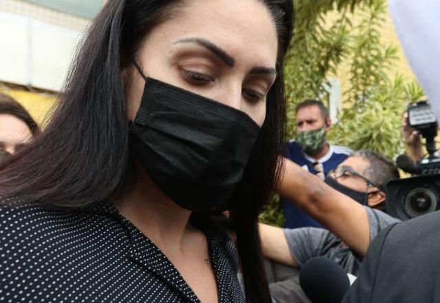 'Vai morrer!': mãe de Henry é recebida aos gritos na cadeia  -  Adamantina Notìcias