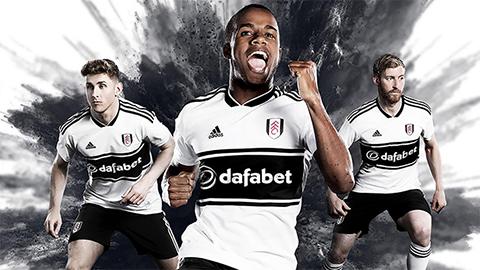 Áo đấu sân nhà mùa này của đổi tuyển Fulham