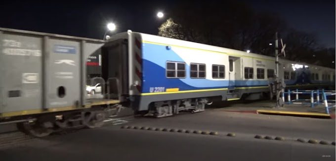 Tren Santa Fe - Paiva: Trasladan desde Córdoba tres coches de pasajeros reacondicionados
