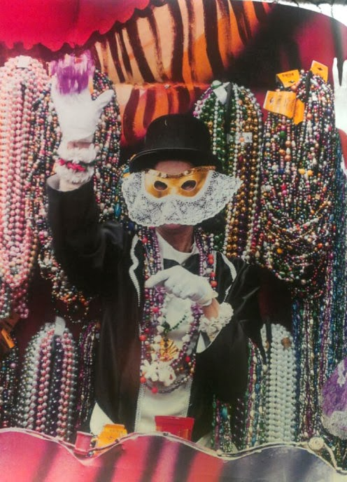 Mardi Gras: Chronicles of the New Orleans Carnival float rider sample