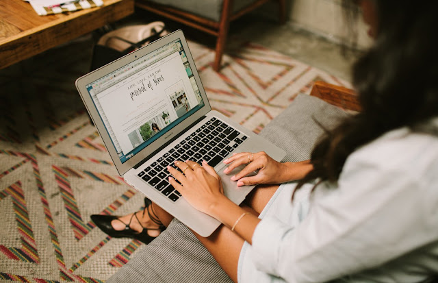 how to work freelance, freelance tips and tricks, advice on working by yourself
