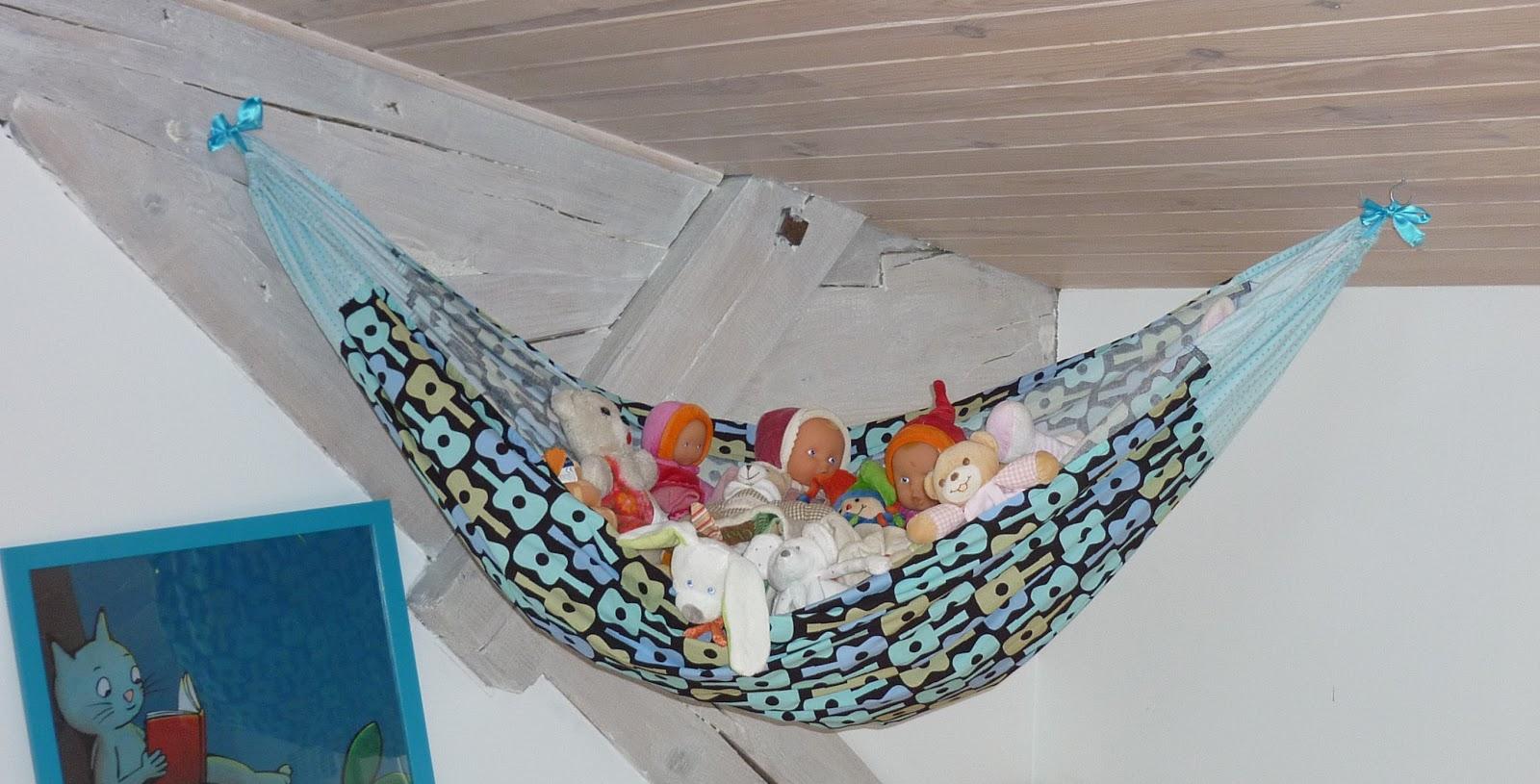 l 39 atelier de la grange tuto hamac pour la sieste des peluches. Black Bedroom Furniture Sets. Home Design Ideas