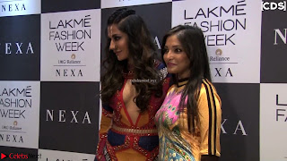 Chitrangada+Singh+walks+the+Ramp+in+Sizzling+Deep+Neck+Top+%7E+CelebsNext+Exclusive+029.jpg
