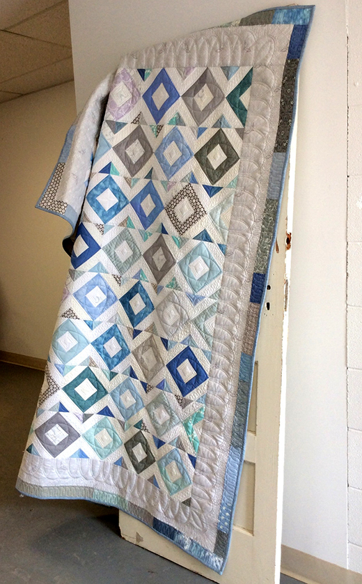 Sea-glass Mosaic Quilt Free Pattern designed By Dawn Cavanaugh for APQS National Education and Service Director