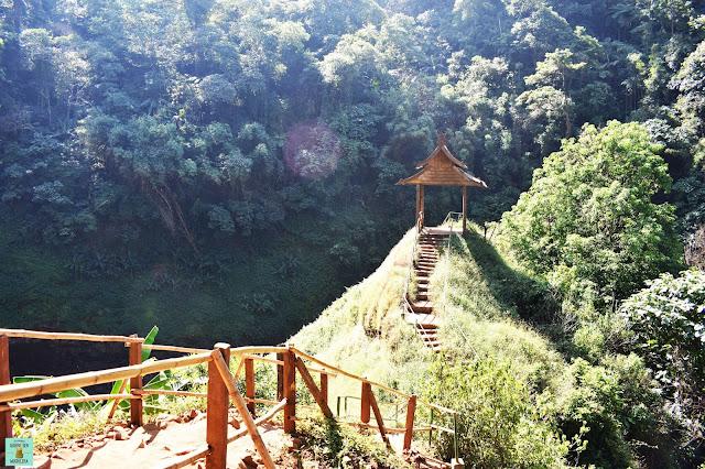 Tad Yuang, Laos