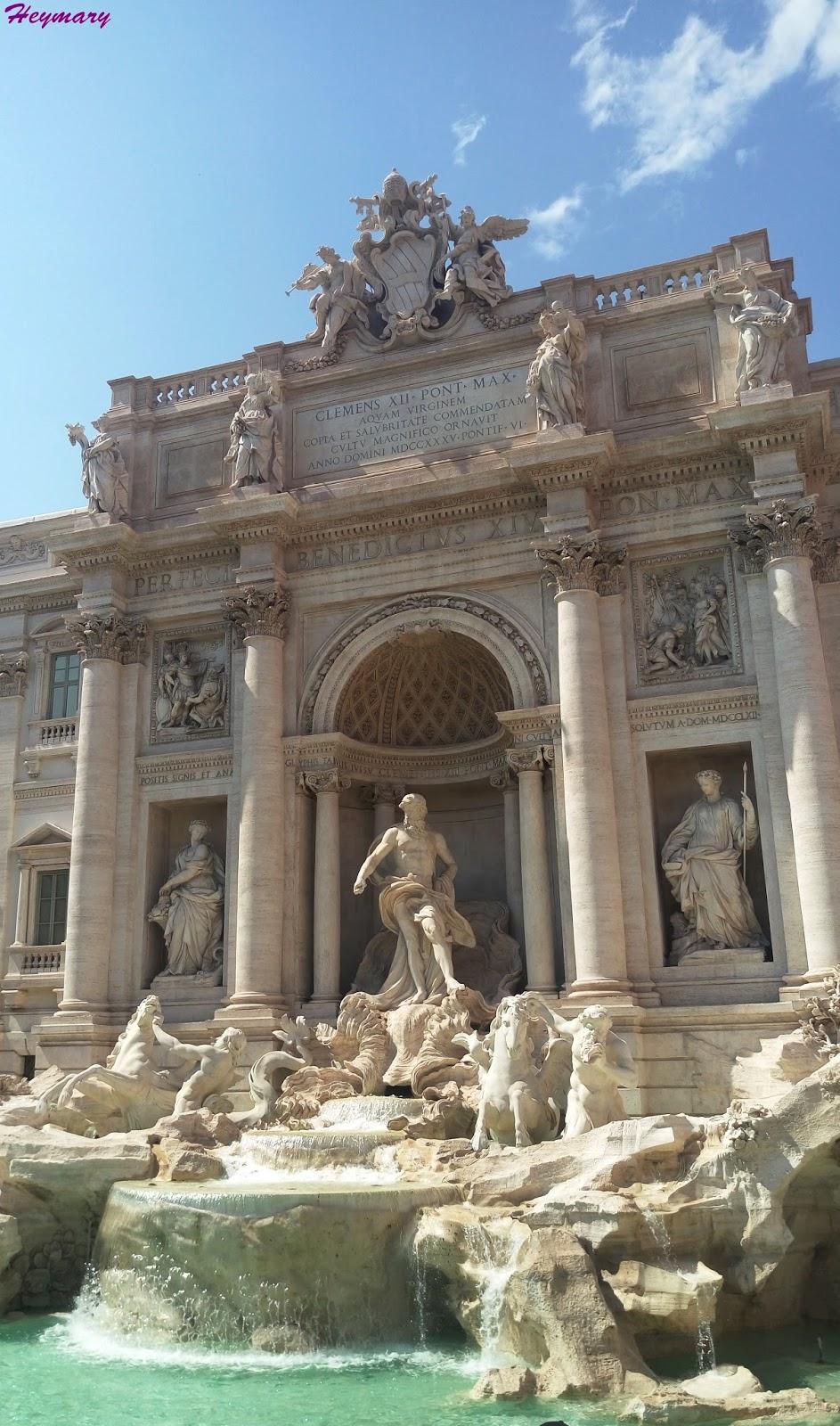 許願池飛馬戰車的海神,左右二側是豐裕與健康女神羅馬西班牙台階歐洲最長最寬階梯