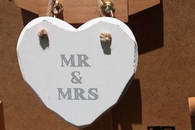 Mr & Mrs heart - Birdcage vintage wedding - Irish wedding in Bavaria, Riessersee Hotel Garmisch-Partenkirchen, wedding venue abroad