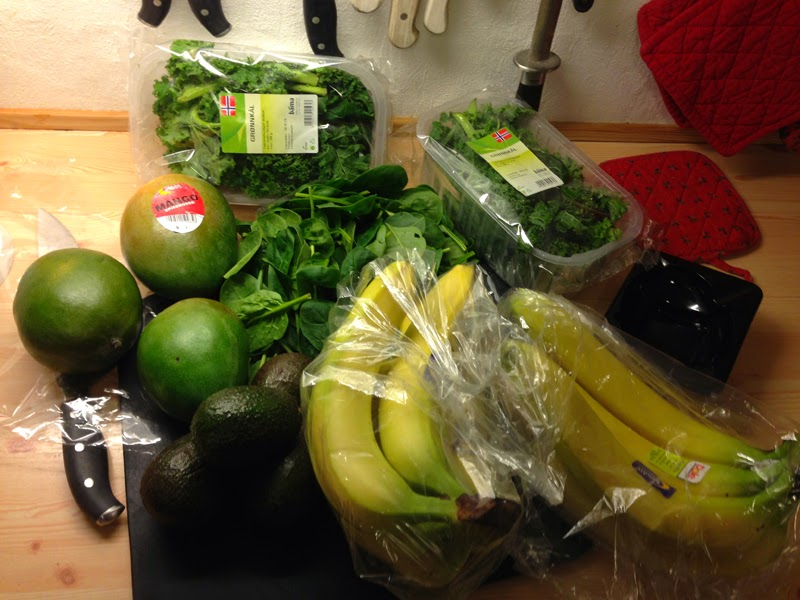 Fruits and vegetables for smoothie