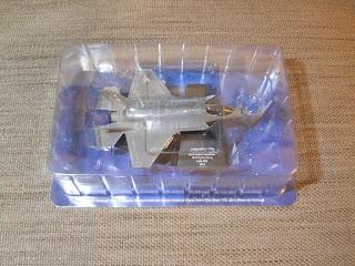 maqueta escala 1/100 caza F-35
