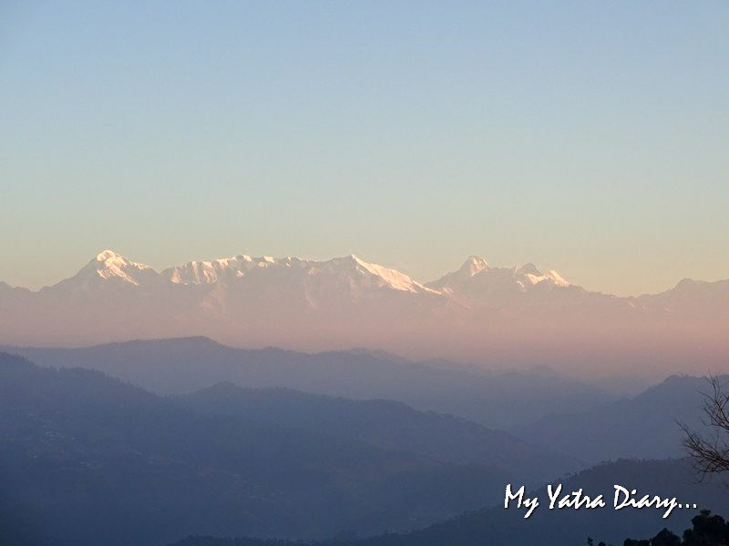 Brethtaking sunrise over the Himalayan peaks, Alhito Kasar Devi