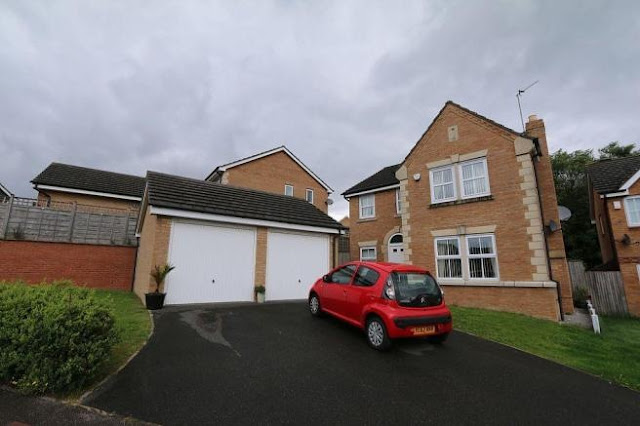This Is Bradford Property - 5 bed detached house for sale Brookwater Drive, Shipley BD18