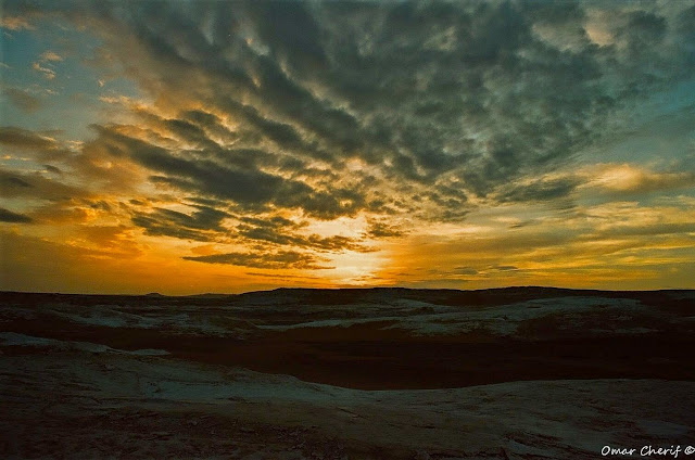 Sunset over Farafra Oasis by Omnar Cherif, The Guardian Angels of the White Desert, One Lucky Soul