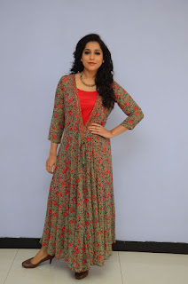 Reshmi Goutham new sizzling pics 002.jpg