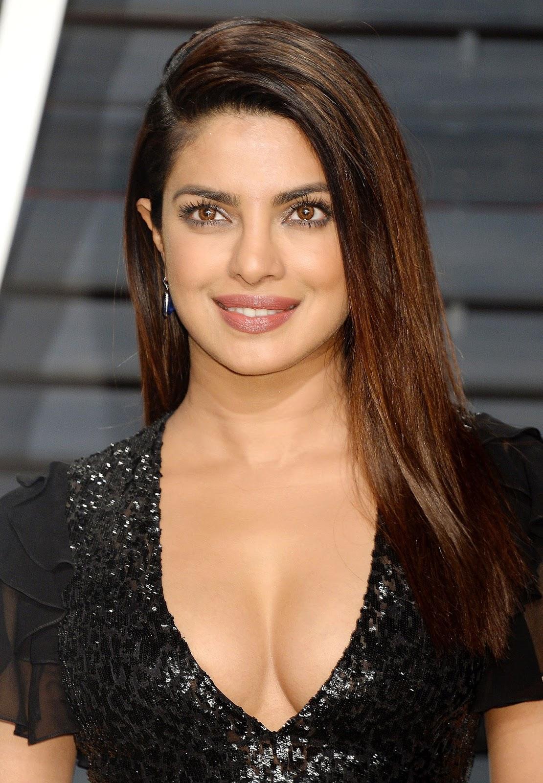 Priyanka Chopra naked (12 pictures) Paparazzi, Twitter, bra