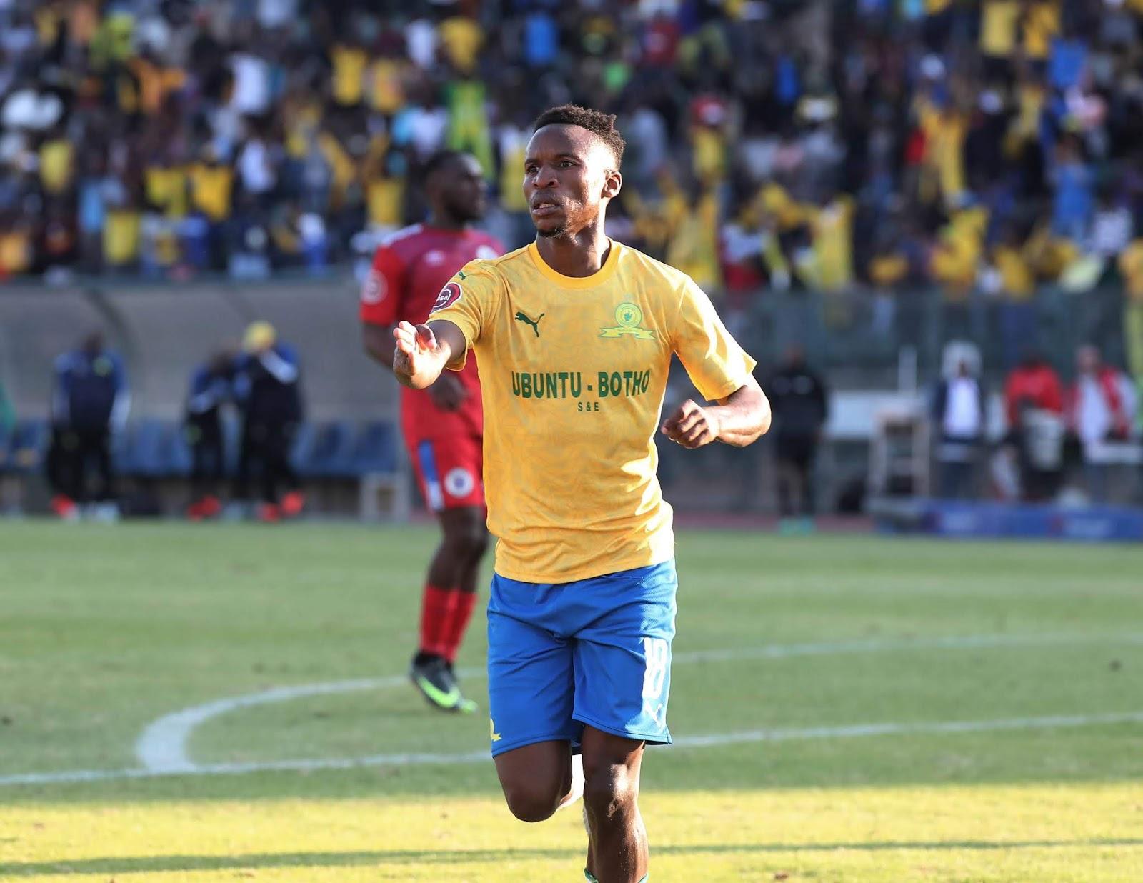 Mamelodi Sundowns midfielder Themba Zwane