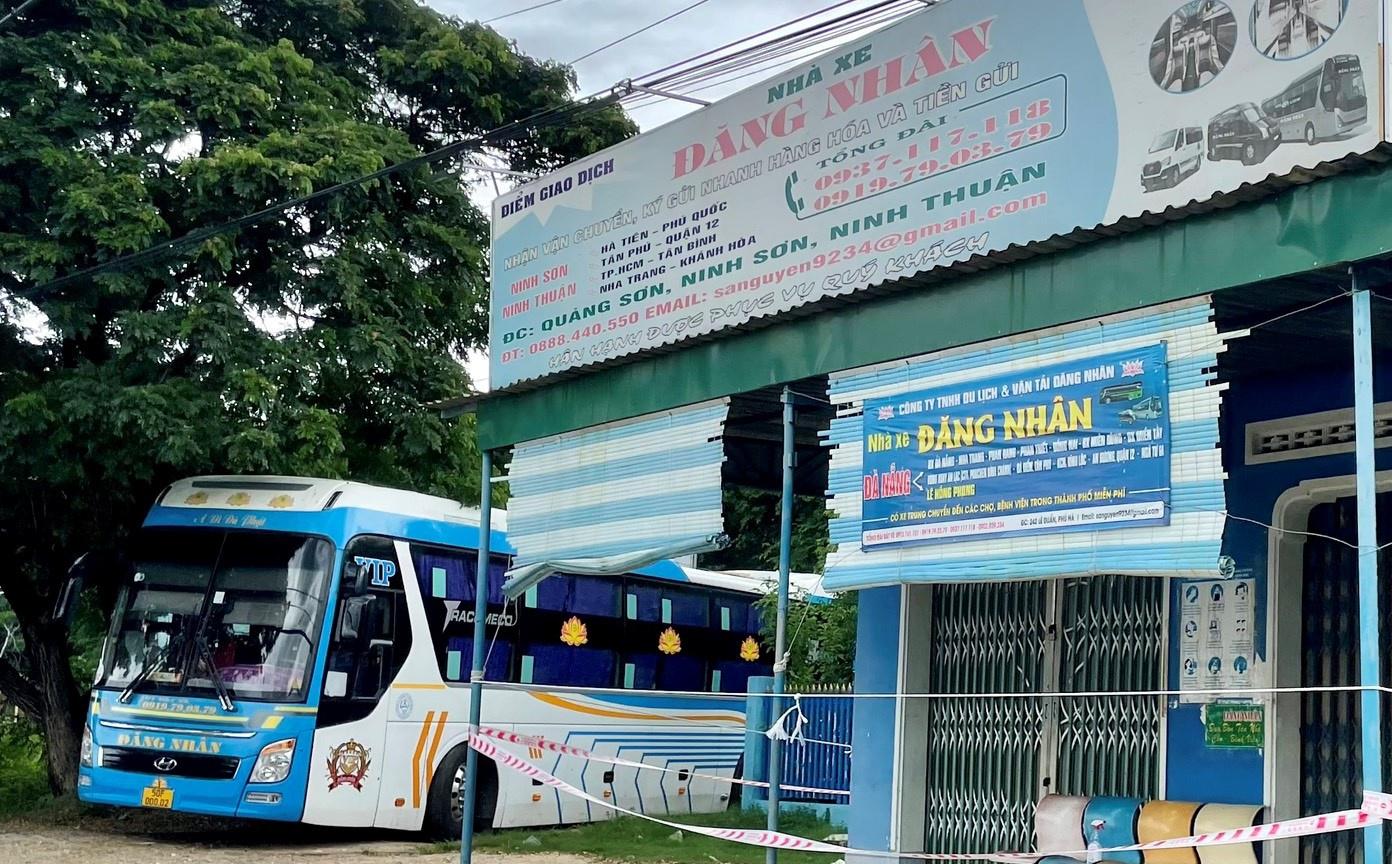 Ninh Thuận: Yêu cầu làm rõ trách nhiệm vụ dùng xe khách chở hàng hóa mùa dịch