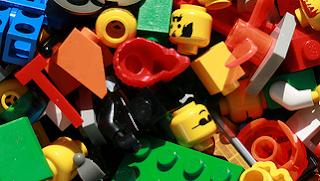 Beberapa Keuntungan Jika Anda Memberikan Mainan Lego Bagi Anak