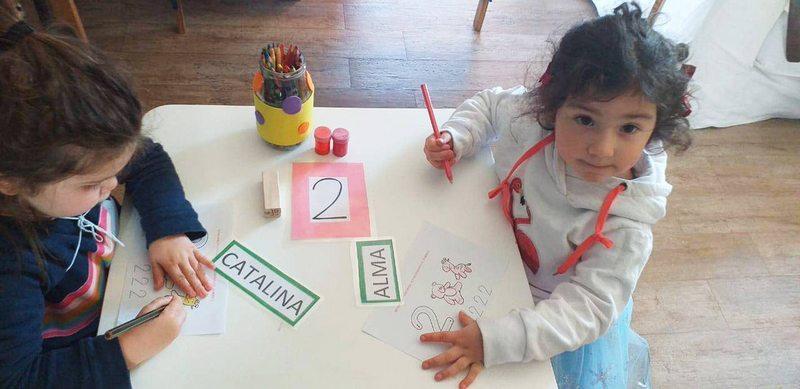 Eduardo Fuentes armó grupo de amigas indoor para su hija Alma