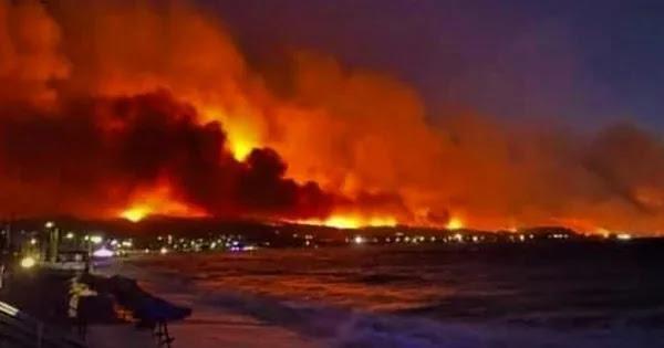 Eικόνες «Αποκάλυψης» στο Αλεποχώρι - «Θάλαμος αερίων» η Αττική: Οι 10 περιοχές που κινδυνεύουν οι κάτοικοι