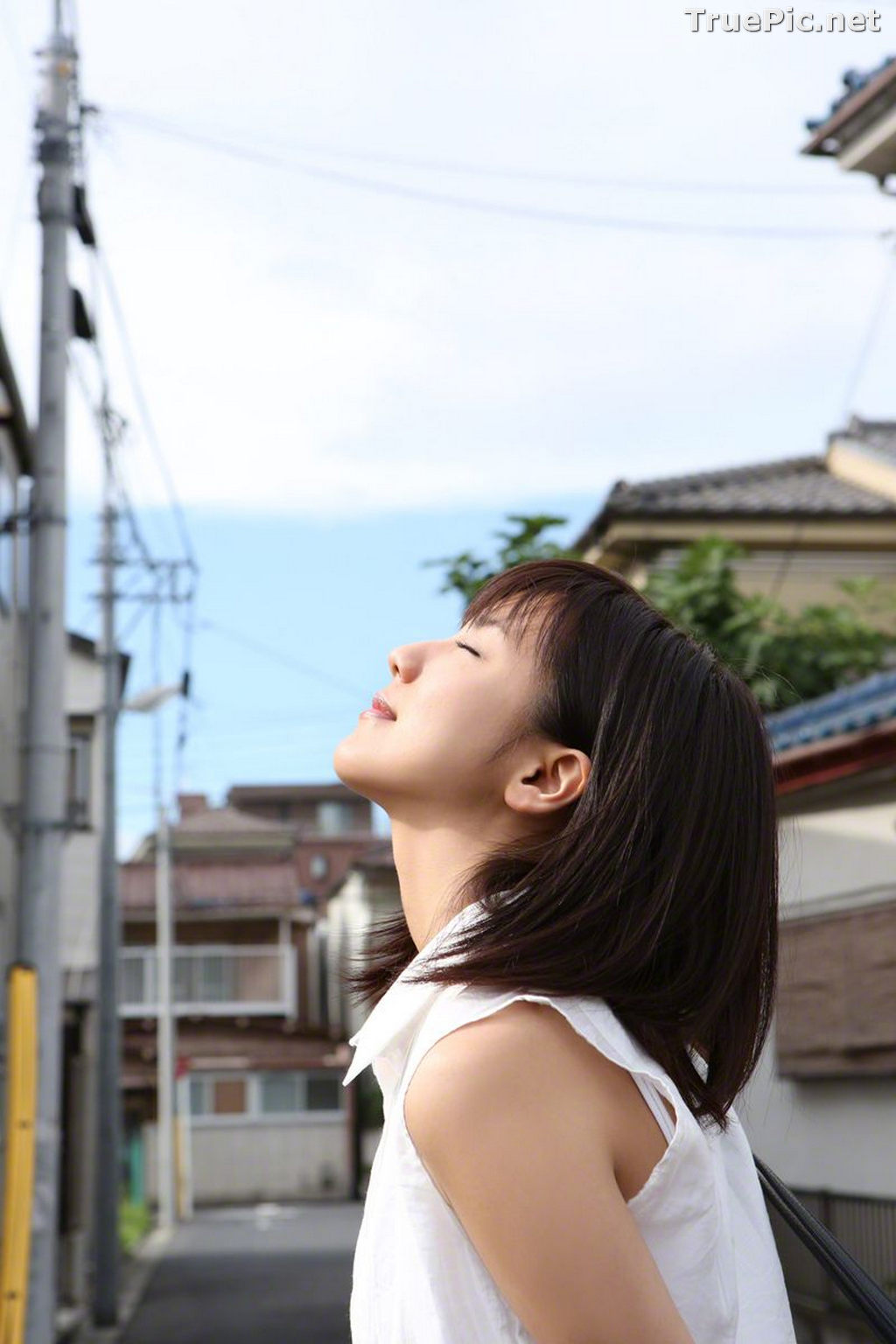 Image [WBGC Photograph] No.131 - Japanese Singer and Actress - Erina Mano - TruePic.net - Picture-2