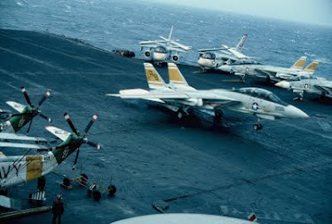 Carrier JFK - F14 Tomcat