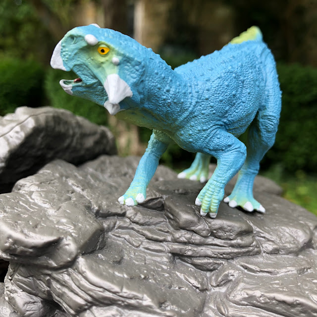 dinosaur minifigures