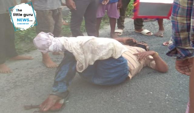 कार की ठोकर से बाइक सवार जख्मी, स्थानीय लोगों ने भेजा मोतिहारी