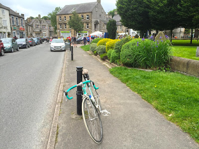 Bike ready to set out from Tideswell