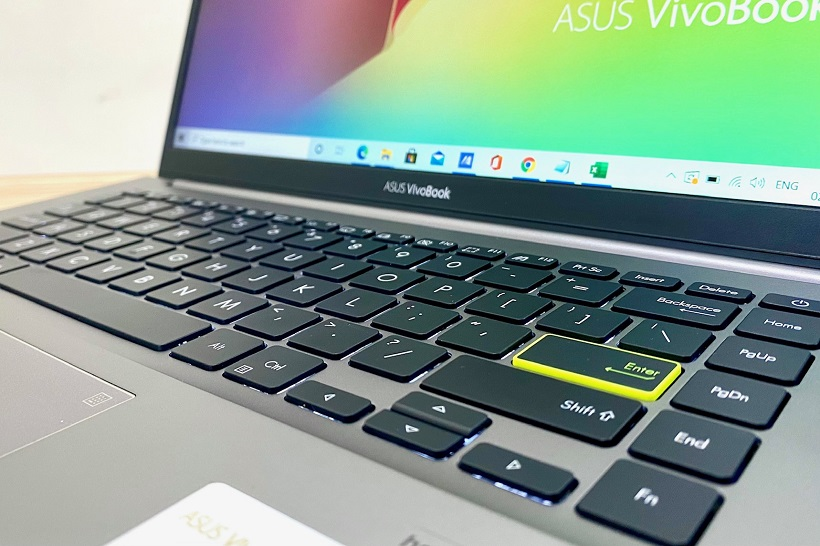 ASUS VivoBook S14 S433EQ Review - Gen Z Key