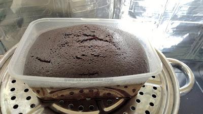 Kek Kukus Coklat Moist