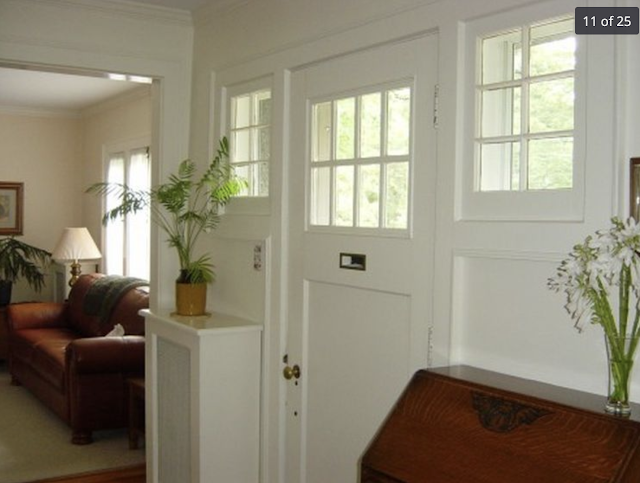 interior view of Gordon-Van Tine model No 535 entry door in Schenectady, NY