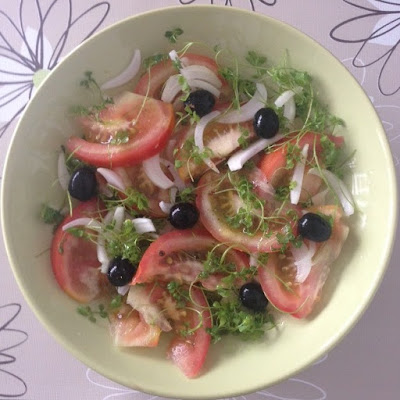 Salada de Tomate com Agrião-da-Horta