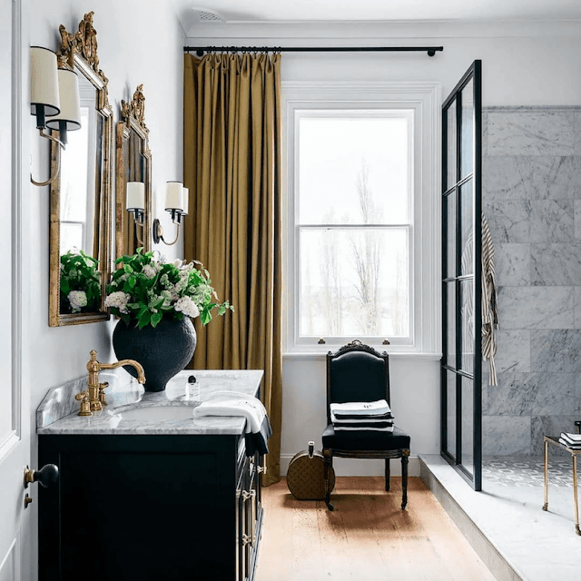 Bathroom Decoration With Neutral Colors