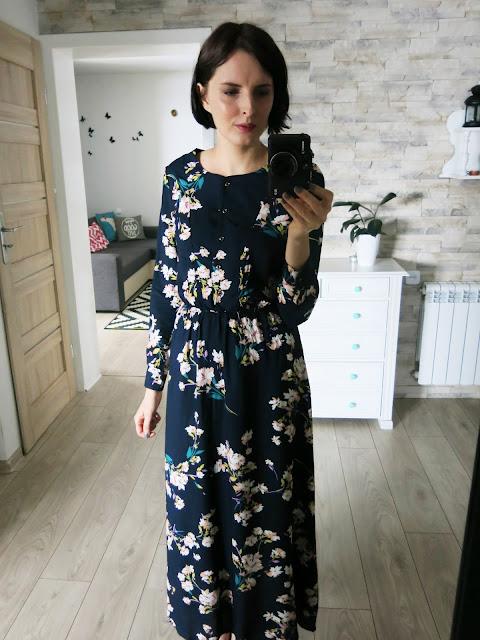 Maxi sukienka w kwiaty oraz futrzana kamizelka - SHEIN ♥