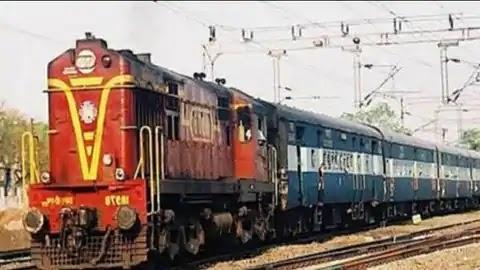 28 नवम्बर से रानीखेत एक्सप्रेस ट्रेन दोबारा पटरी पर दौड़ेगी, कोरोना काल से पड़ी थी बन्द ।