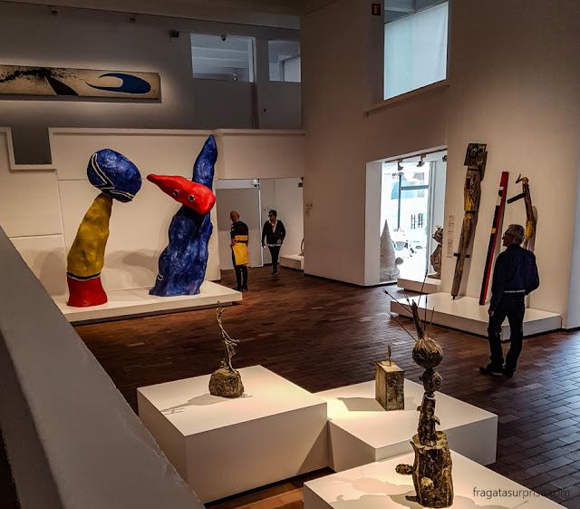 """""""Casal de namorados"""", de Joan Miró"""