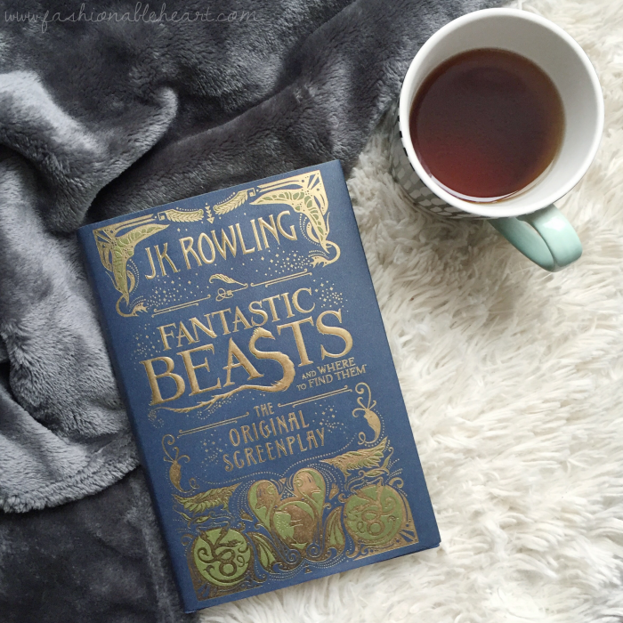 bbloggers, bbloggersca, canadian beauty bloggers, lbloggers, lifestyle, 2017 goals, resolutions, new year, read more, fantastic beasts and where to find them, screenplay, tea time, davids tea, starbucks mug