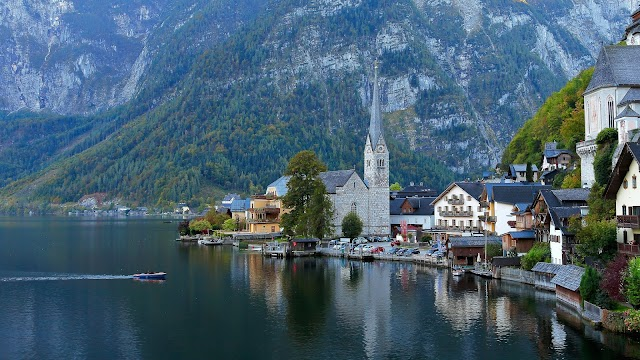 The town that inspired 'Frozen' suffers from overcrowding