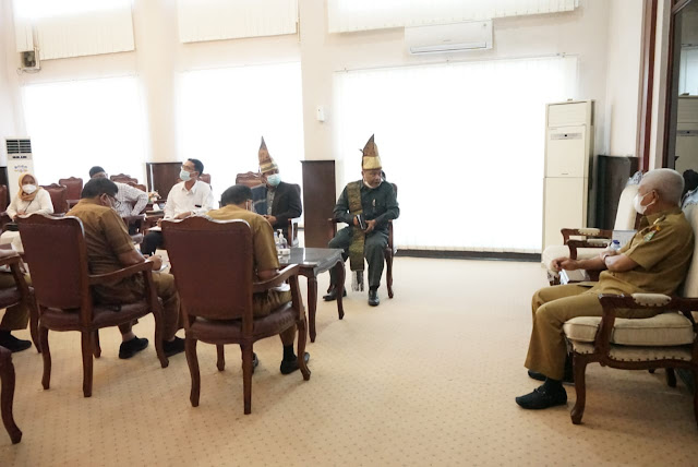 Bupati H Surya Bsc  Terima Audiensi DPC PMS Kabupaten Asahan