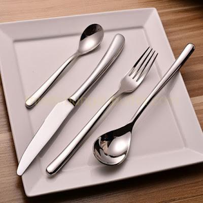 Hình ảnh bộ dao muỗng nĩa 4 món inox cao cấp