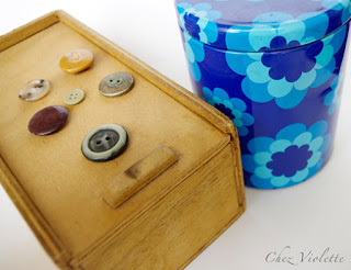 vintage box - The collection of vintage button by Chez Violette