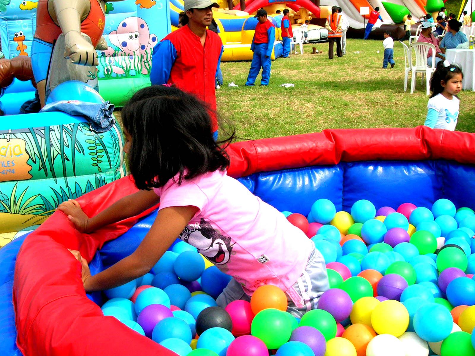 Alquiler De Juegos Inflables Para Cumpleanos Y Fiestas En Lima Peru